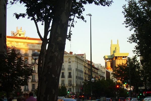 Larrumba se instala en Genova, 27